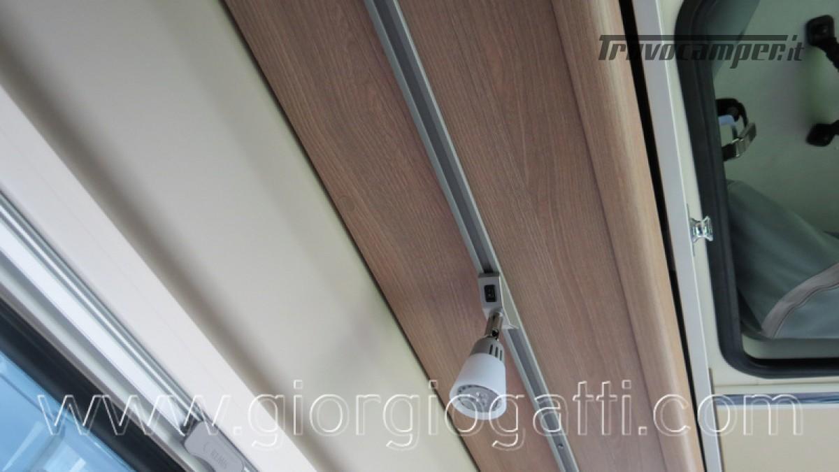 Camper puro Laika Kosmo Campervan 6.0 con soffietto e veranda nuovo  in vendita a Alessandria - Immagine 20