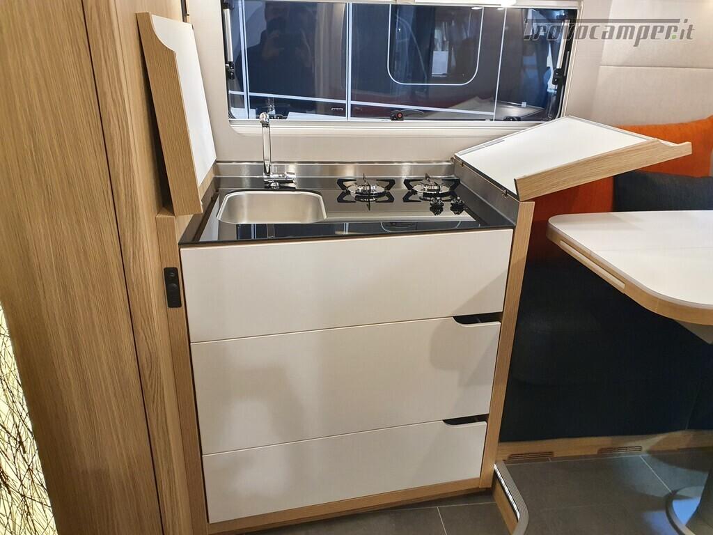 Semintegrale Niesmann+Bischoff Smove 7.4E nuovo  in vendita a Bolzano - Immagine 14