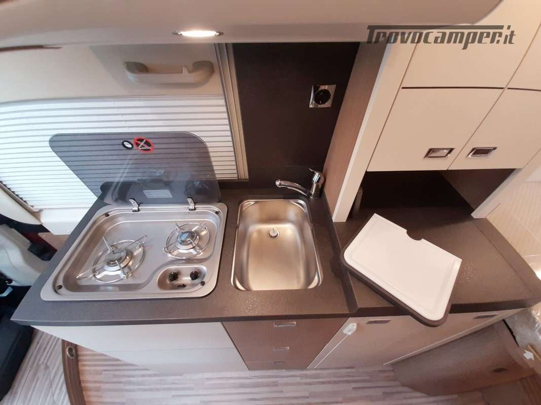 MALIBU VAN CHARMING GT SKYVIEW 640 LE RB nuovo  in vendita a Macerata - Immagine 13