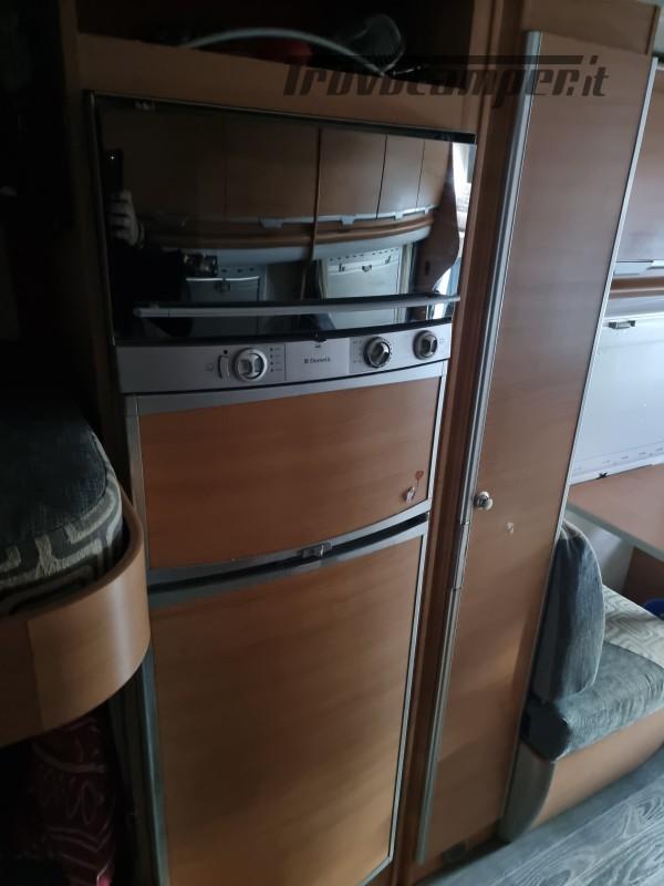 Camper mobilvetta huari 1102 -ivevo 3.0 180 cv Anno 2006  50000 km - pronto a pa nuovo  in vendita a Napoli - Immagine 2