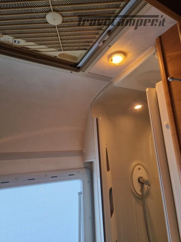 Camper mobilvetta huari 1102 -ivevo 3.0 180 cv Anno 2006  50000 km - pronto a pa nuovo  in vendita a Napoli - Immagine 8