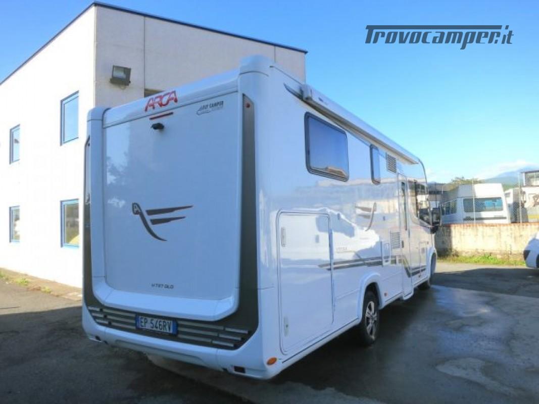 Motorhome ARCA H737GLC usato  in vendita a Massa-Carrara - Immagine 4
