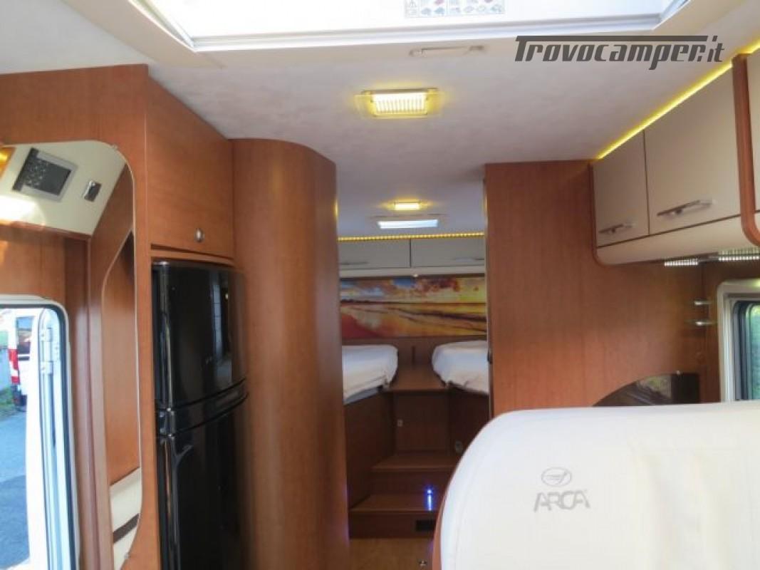 Motorhome ARCA H737GLC usato  in vendita a Massa-Carrara - Immagine 8