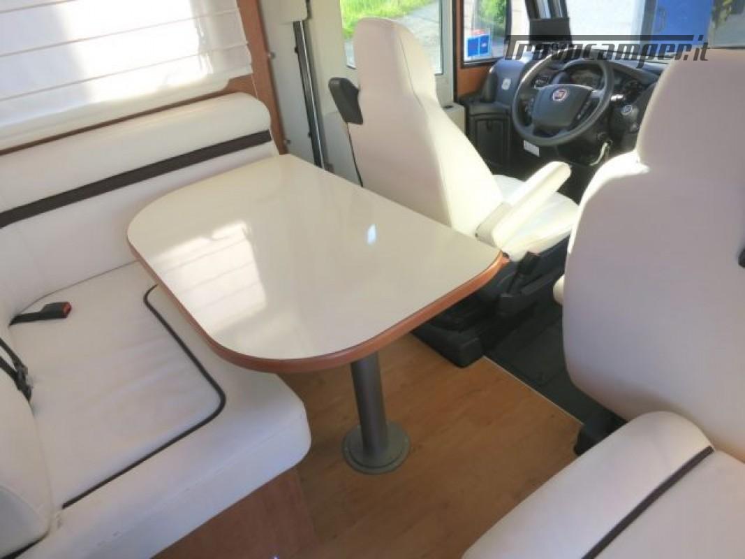 Motorhome ARCA H737GLC usato  in vendita a Massa-Carrara - Immagine 10