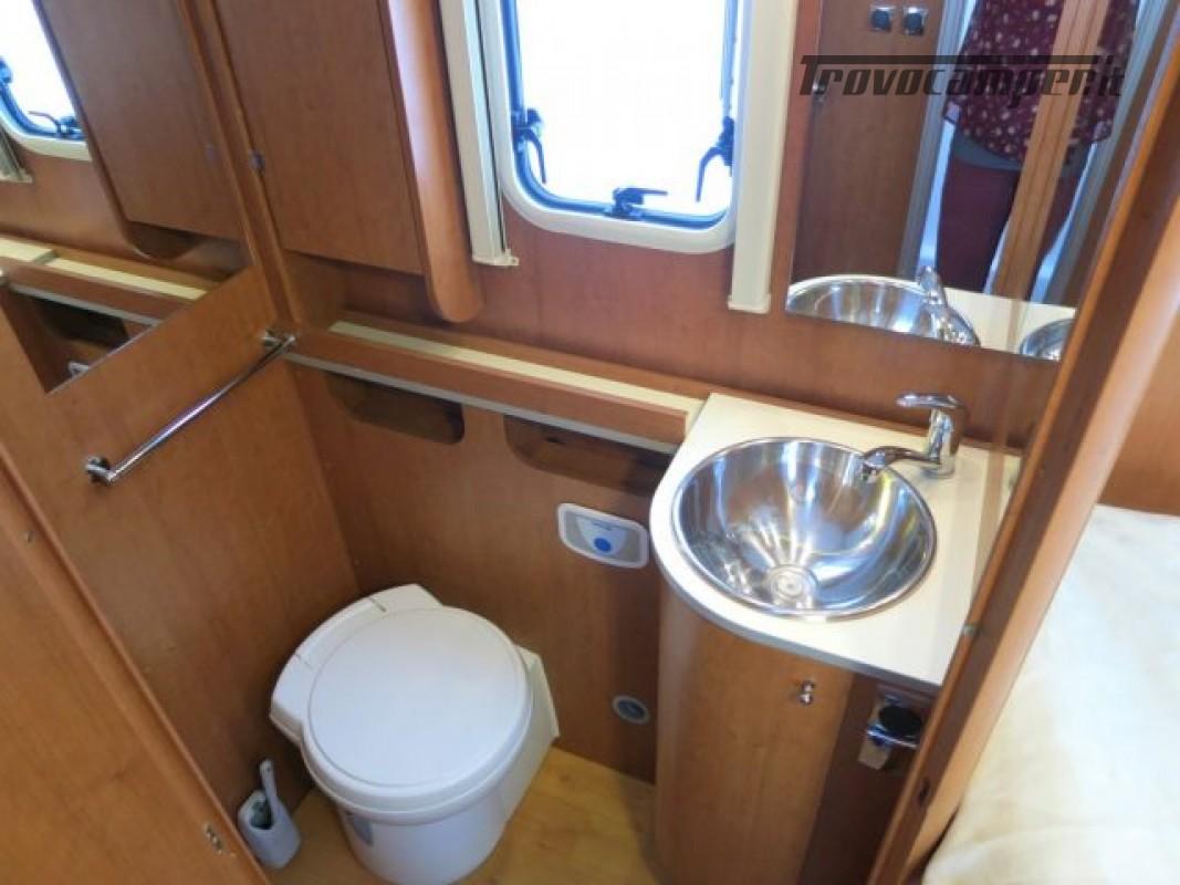 Motorhome ARCA H737GLC usato  in vendita a Massa-Carrara - Immagine 13