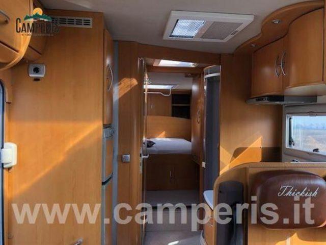 Motorhome FRANKIA FRANKIA ROYAL CLASS 9800 QD - CA nuovo  in vendita a Matera - Immagine 2