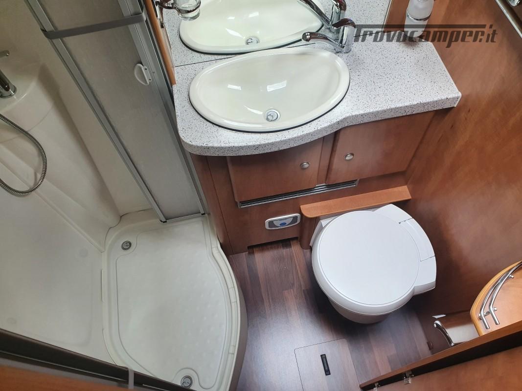 Motorhome Carthago chic e-line I 47 usato  in vendita a Bolzano - Immagine 14