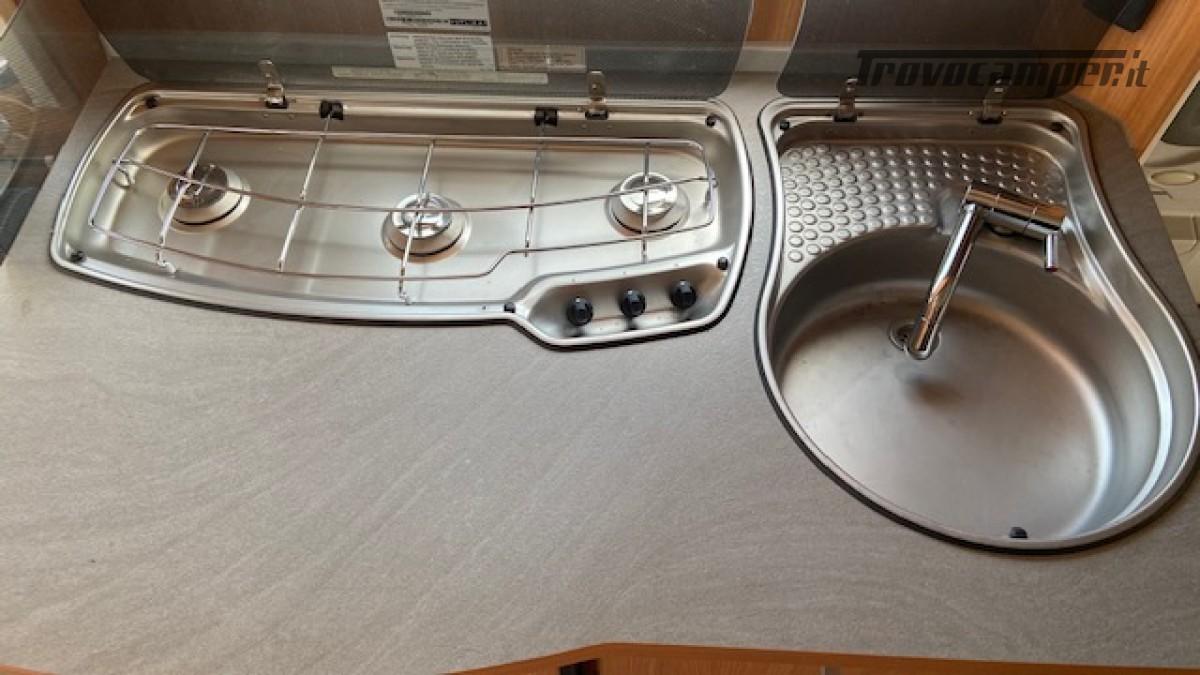 Knaus 400 Sport Del 2012 Veranda Completa 4 posti usato  in vendita a Milano - Immagine 11