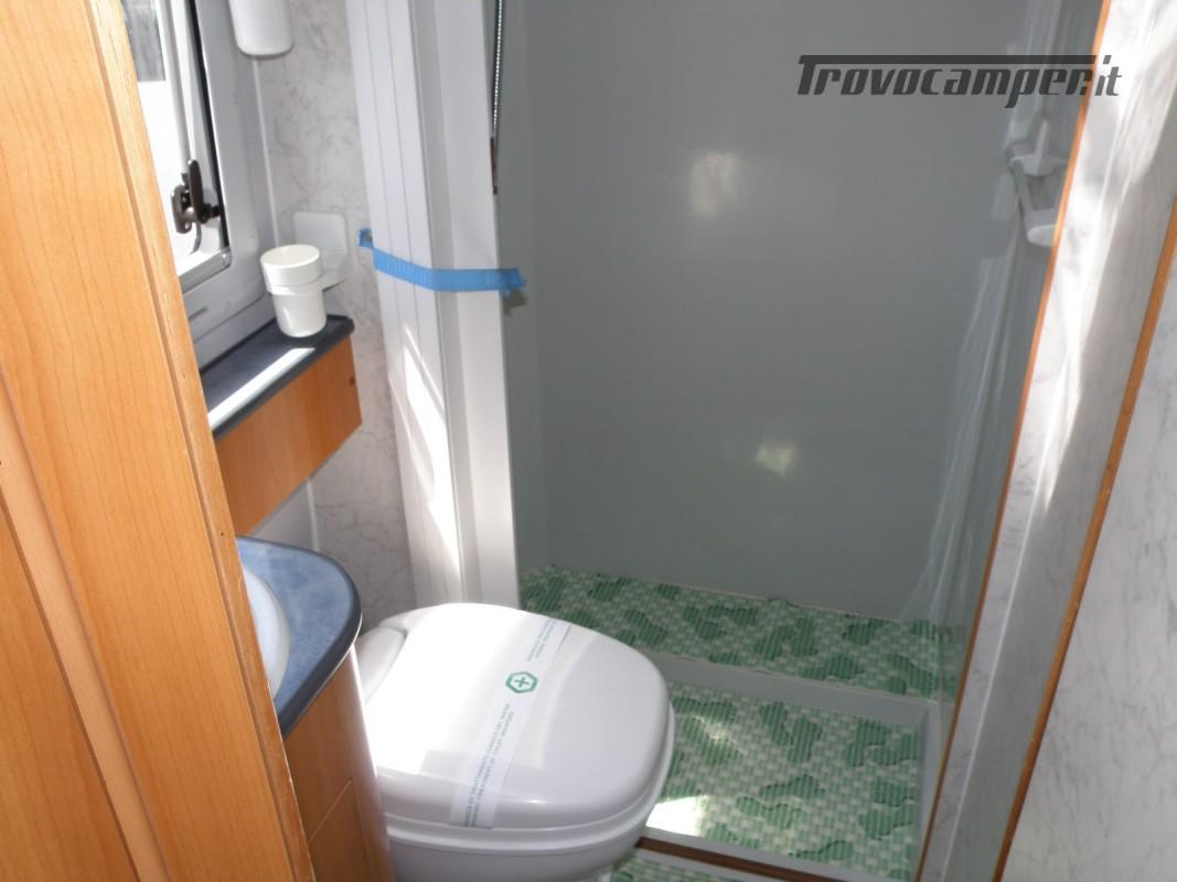 CAMPER SEMINTEGRALE LETTO ALAL FRANCESE CAMBIO AUTOMATICO ANNO 2007 usato  in vendita a Prato - Immagine 3