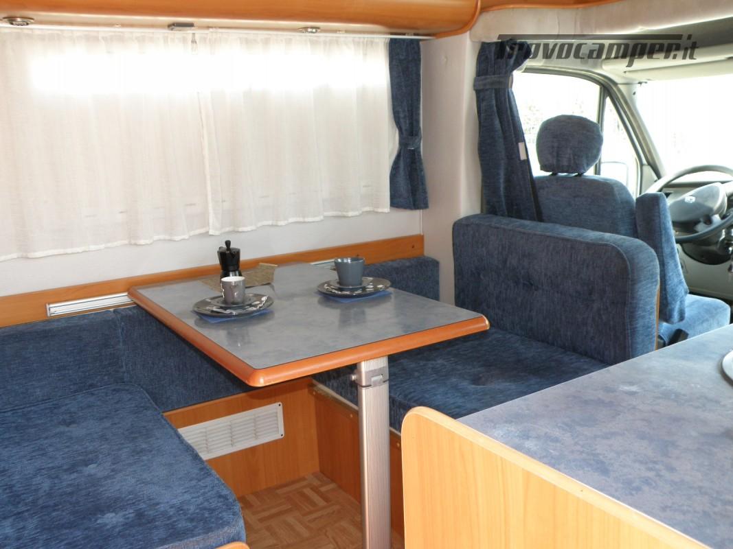 CAMPER SEMINTEGRALE LETTO ALAL FRANCESE CAMBIO AUTOMATICO ANNO 2007 usato  in vendita a Prato - Immagine 21