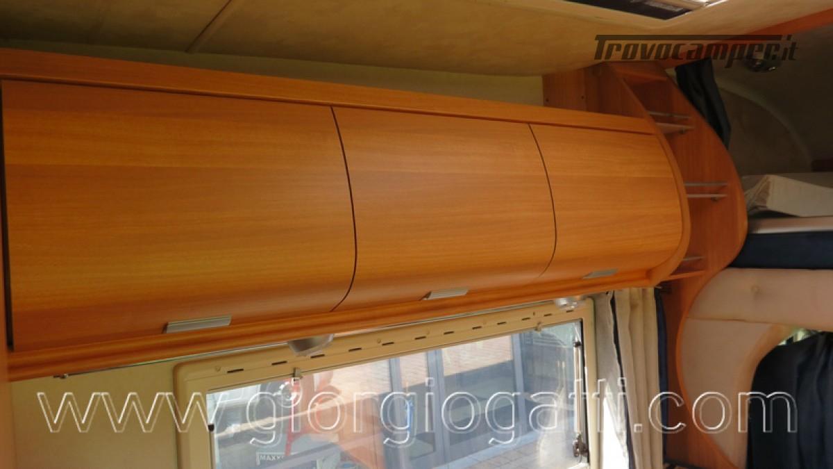 Camper Elnagh Prince 47 mansardato con garage usato  in vendita a Alessandria - Immagine 5