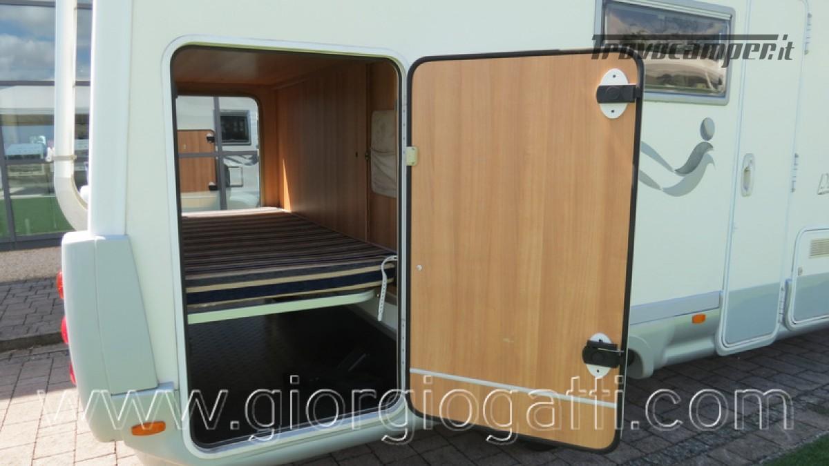 Camper Elnagh Prince 47 mansardato con garage usato  in vendita a Alessandria - Immagine 8