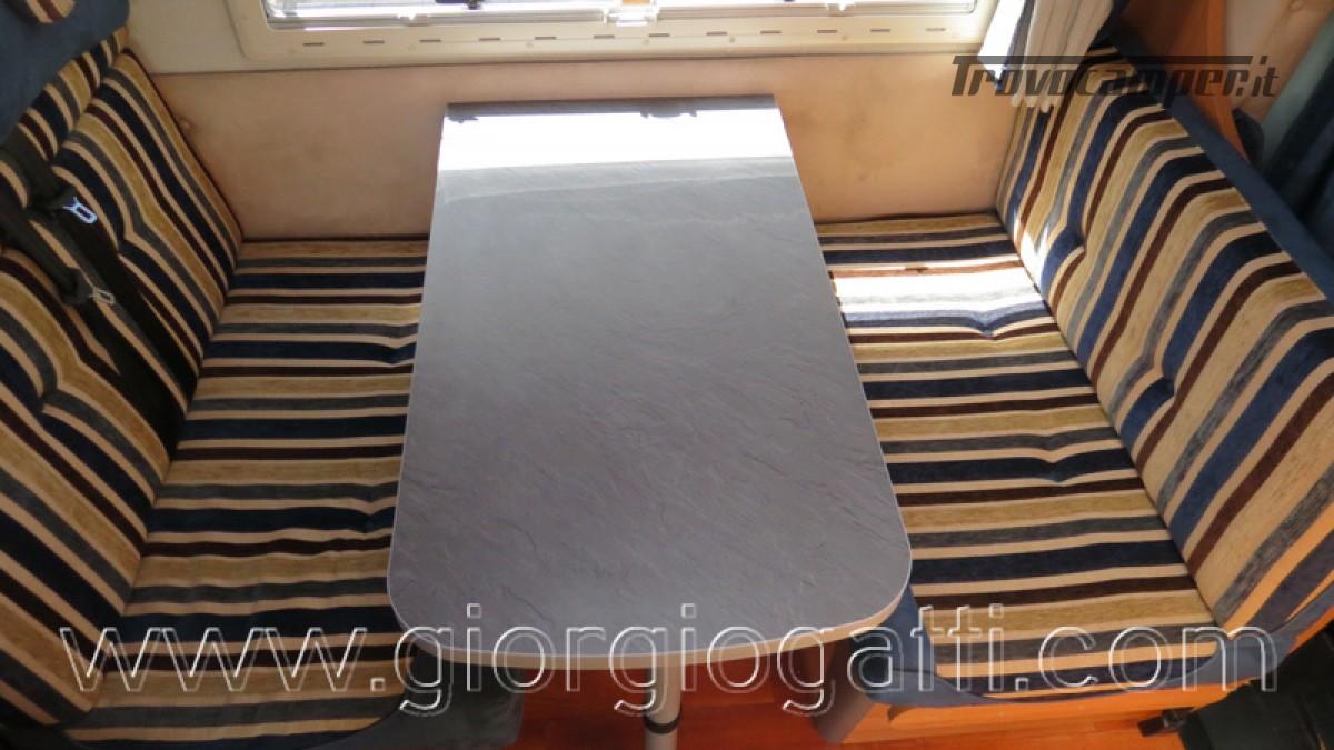 Camper Elnagh Prince 47 mansardato con garage usato  in vendita a Alessandria - Immagine 14