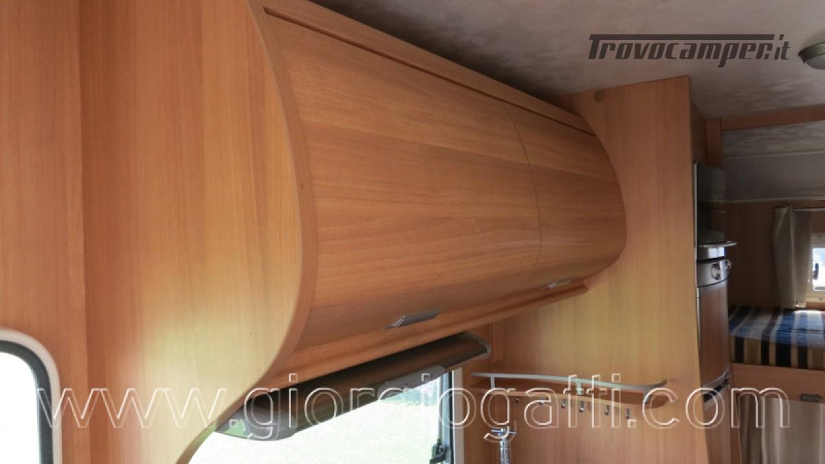 Camper Elnagh Prince 47 mansardato con garage usato  in vendita a Alessandria - Immagine 18