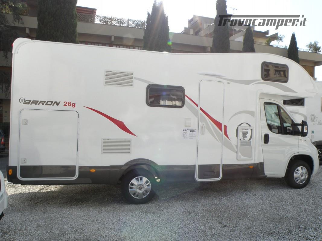 CAMPER MANSARDATO PRONTA CONSEGNA ELNAGH BARON 26 GARAGE nuovo  in vendita a Prato - Immagine 6