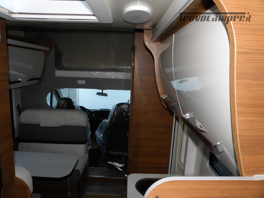 CAMPER MANSARDATO PRONTA CONSEGNA ELNAGH BARON 26 GARAGE nuovo  in vendita a Prato - Immagine 16