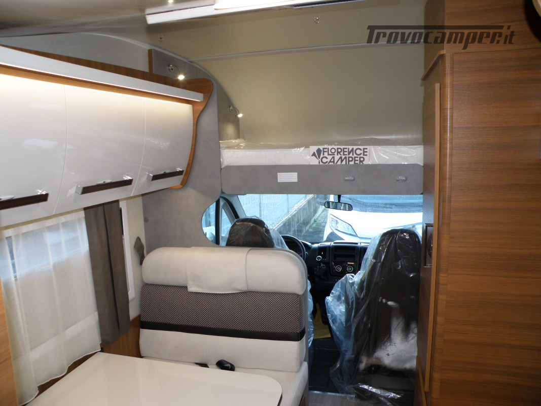 CAMPER MANSARDATO PRONTA CONSEGNA ELNAGH BARON 26 GARAGE nuovo  in vendita a Prato - Immagine 19