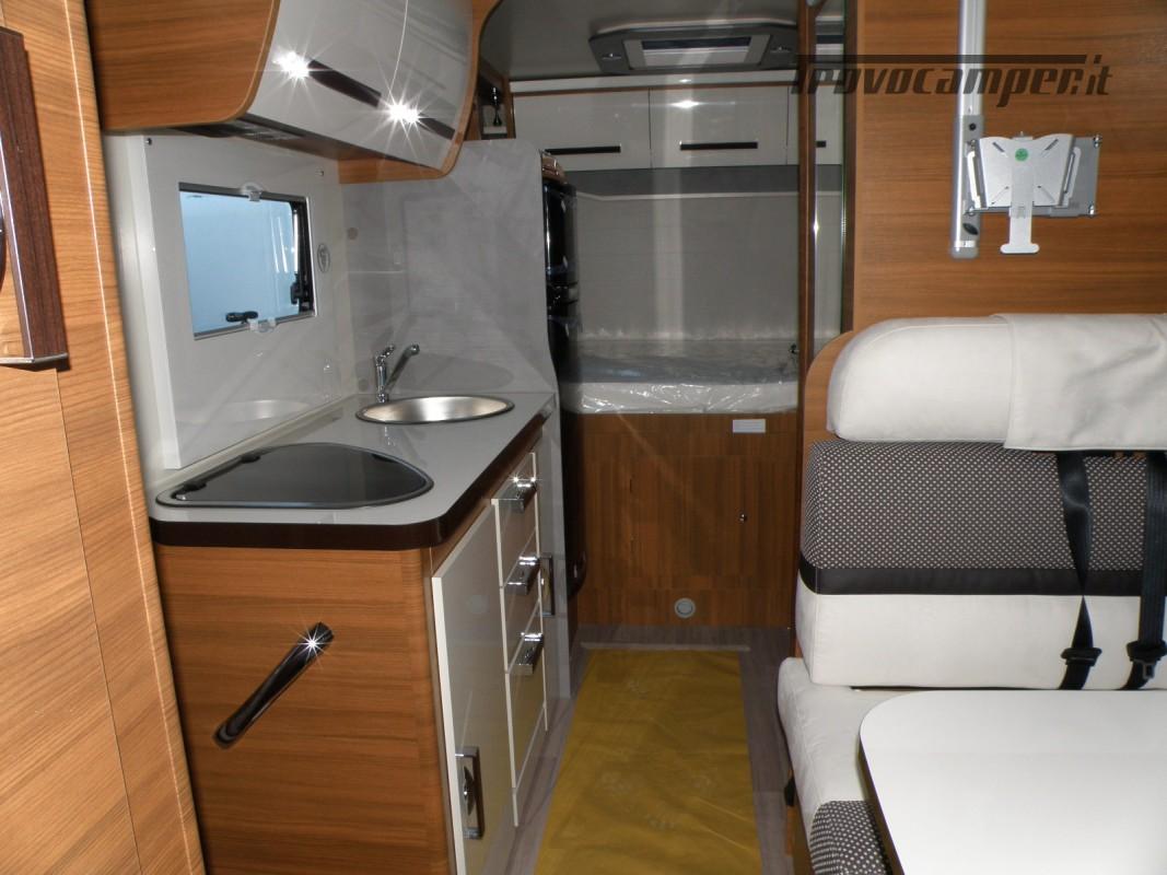 CAMPER MANSARDATO PRONTA CONSEGNA ELNAGH BARON 26 GARAGE nuovo  in vendita a Prato - Immagine 27