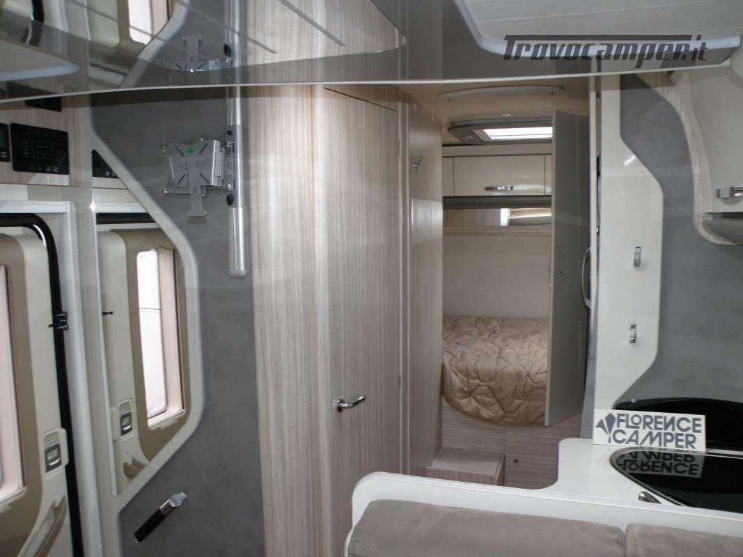 CAMPER PRONTA CONSEGNA SEMINTEGRALE ELNAGH T-LOFT 450 nuovo  in vendita a Prato - Immagine 19