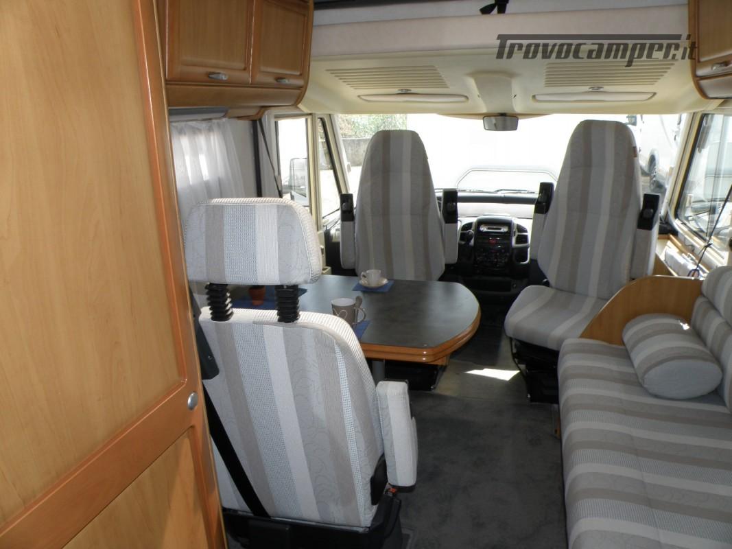 CAMPER MOTORHOME HYMER ANNO 2003 usato  in vendita a Prato - Immagine 16