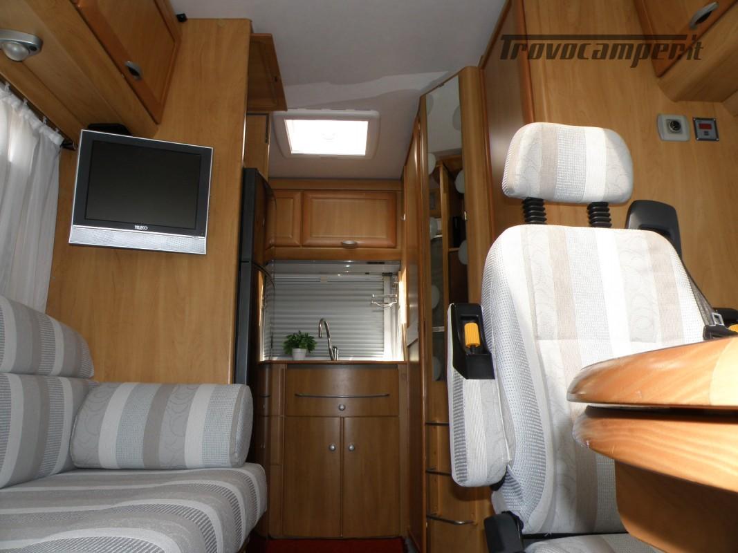 CAMPER MOTORHOME HYMER ANNO 2003 usato  in vendita a Prato - Immagine 23