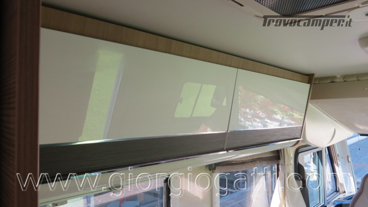 Camper Elnagh I-Loft 530 motorhome letti gemelli e garage usato  in vendita a Alessandria - Immagine 6