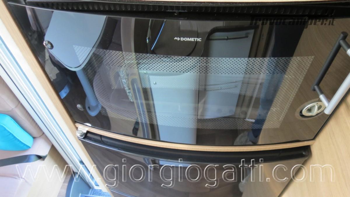 Camper Elnagh I-Loft 530 motorhome letti gemelli e garage usato  in vendita a Alessandria - Immagine 24