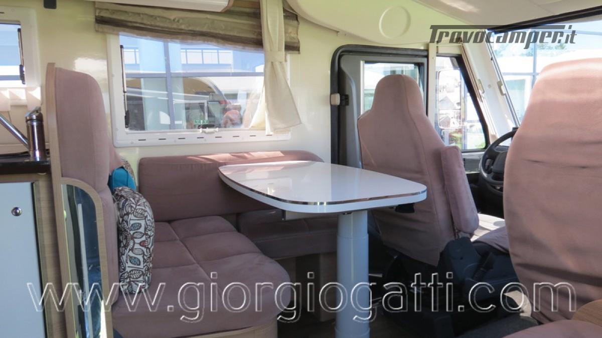 Camper Elnagh I-Loft 530 motorhome letti gemelli e garage usato  in vendita a Alessandria - Immagine 29
