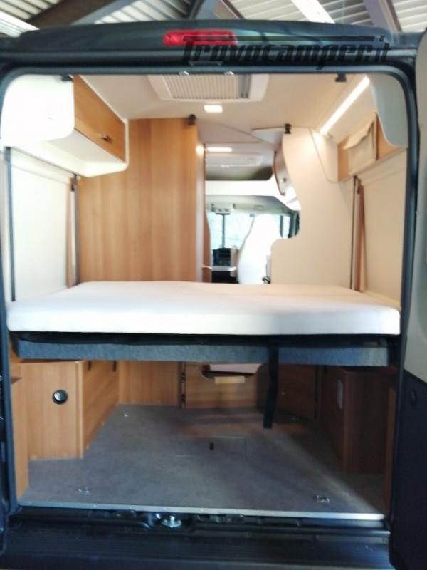 Camper puro VANTOURER 540D LETTO POSTERIORE SOLLEVAB nuovo  in vendita a Trento - Immagine 4