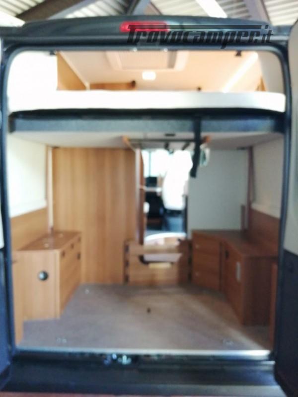 Camper puro VANTOURER 540D LETTO POSTERIORE SOLLEVAB nuovo  in vendita a Trento - Immagine 5