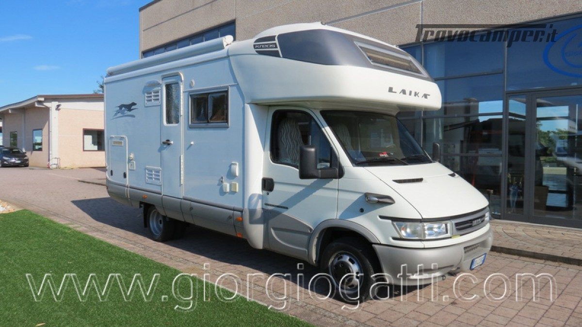 Camper Laika Kreos 3000 mansardato IVECO con garage usato  in vendita a Alessandria - Immagine 1