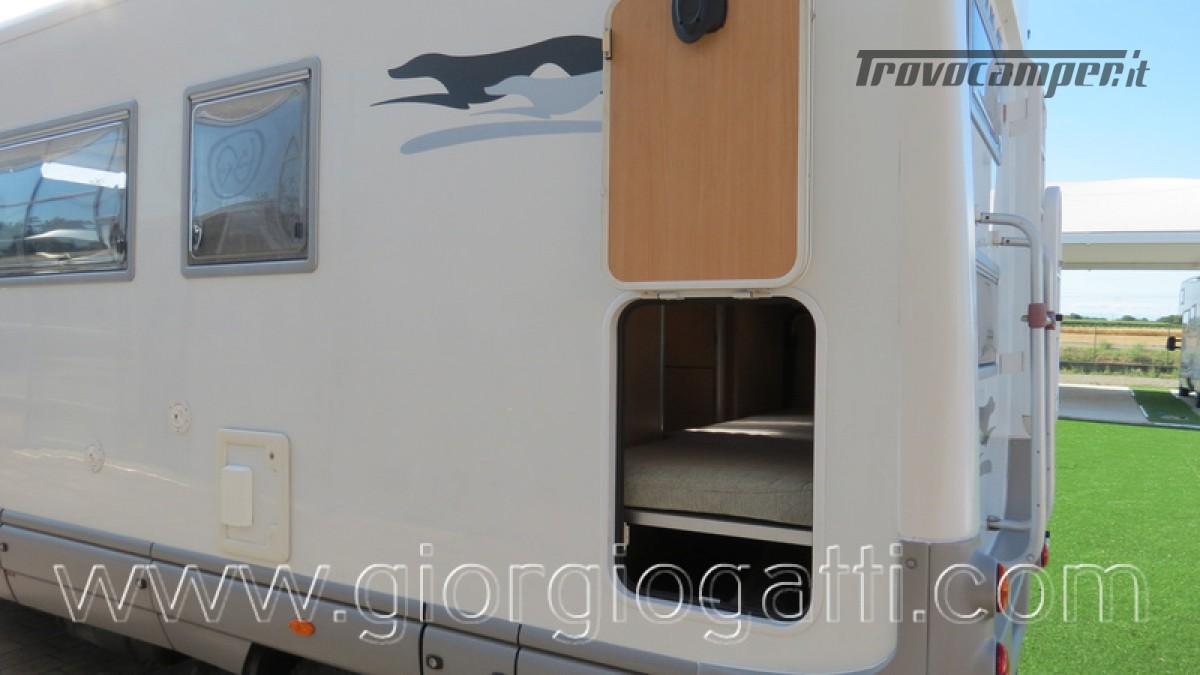Camper Laika Kreos 3000 mansardato IVECO con garage usato  in vendita a Alessandria - Immagine 6