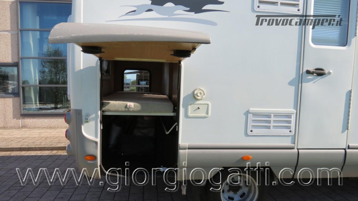 Camper Laika Kreos 3000 mansardato IVECO con garage usato  in vendita a Alessandria - Immagine 19