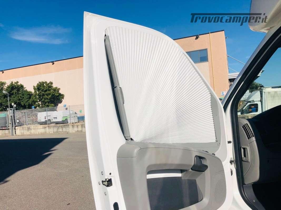 Semintegrale con Basculante Adria Matrix Plus 680SP usato  in vendita a Firenze - Immagine 30