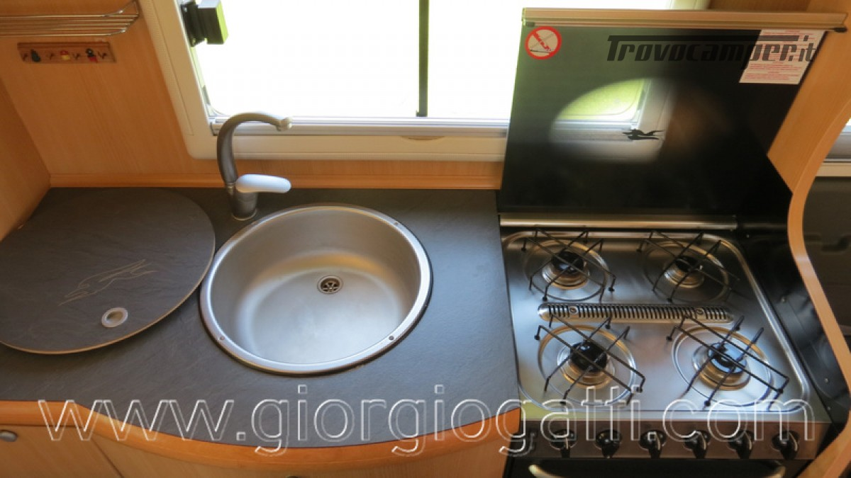 Camper Laika Kreos 3001 mansardato IVECO Daily 177cv usato  in vendita a Alessandria - Immagine 21