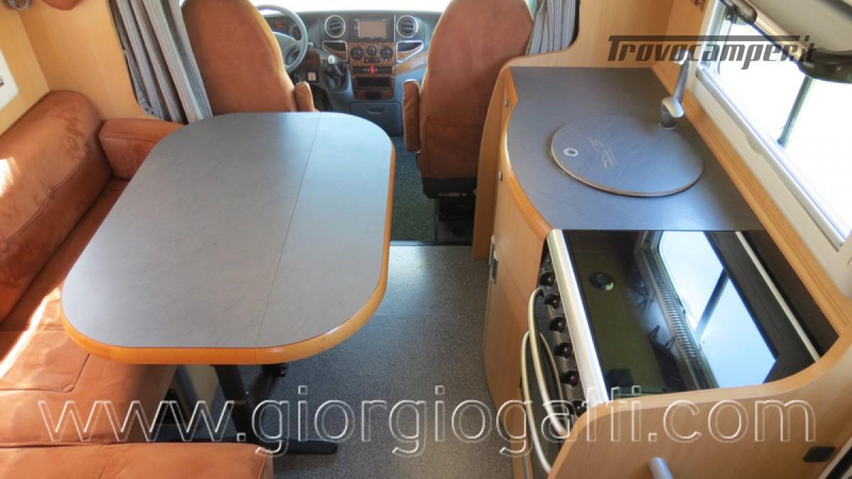 Camper Laika Kreos 3001 mansardato IVECO Daily 177cv usato  in vendita a Alessandria - Immagine 29