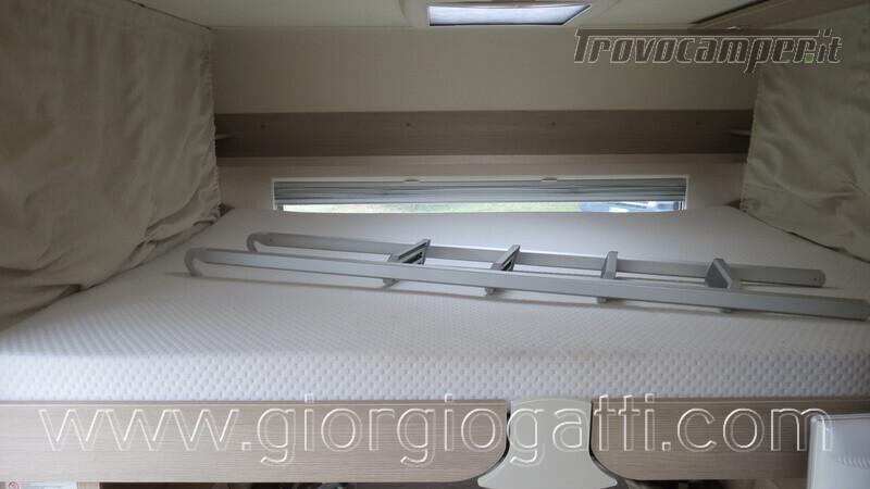Caravan Burstner Averso Plus 510 TK camperizzata usato  in vendita a Alessandria - Immagine 7