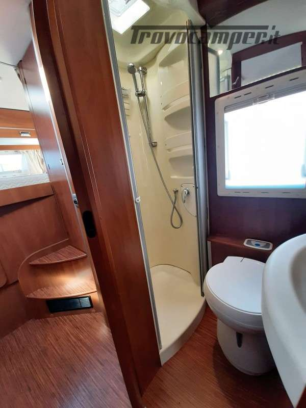 USATO - LAIKA KREOS 3001 MANSARDATO 2009 usato  in vendita a Macerata - Immagine 7