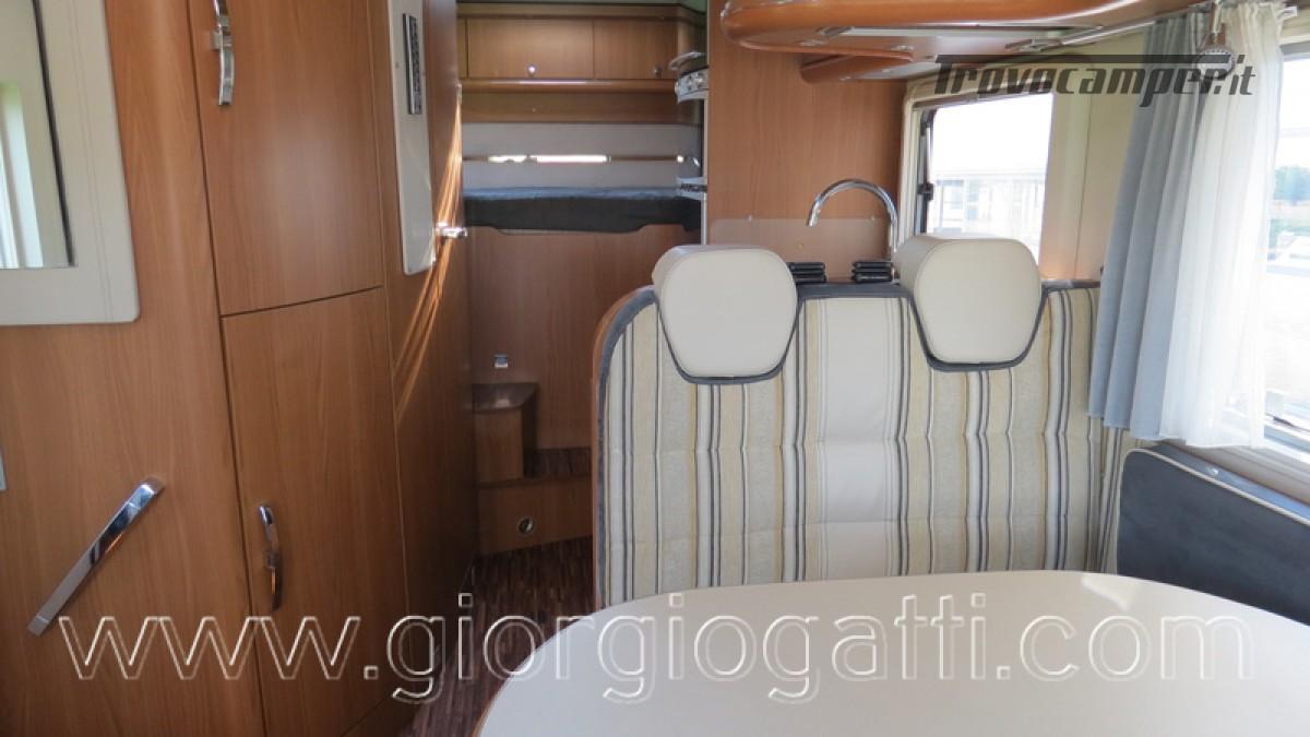 Camper Hymer B-Klasse SL 614 motorhome ALKO con garage usato  in vendita a Alessandria - Immagine 9