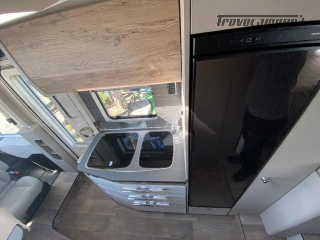 Motorhome HYMER-ERIBA EXIS I 580 - VEICOLO AZIENDA nuovo  in vendita a Bologna - Immagine 4