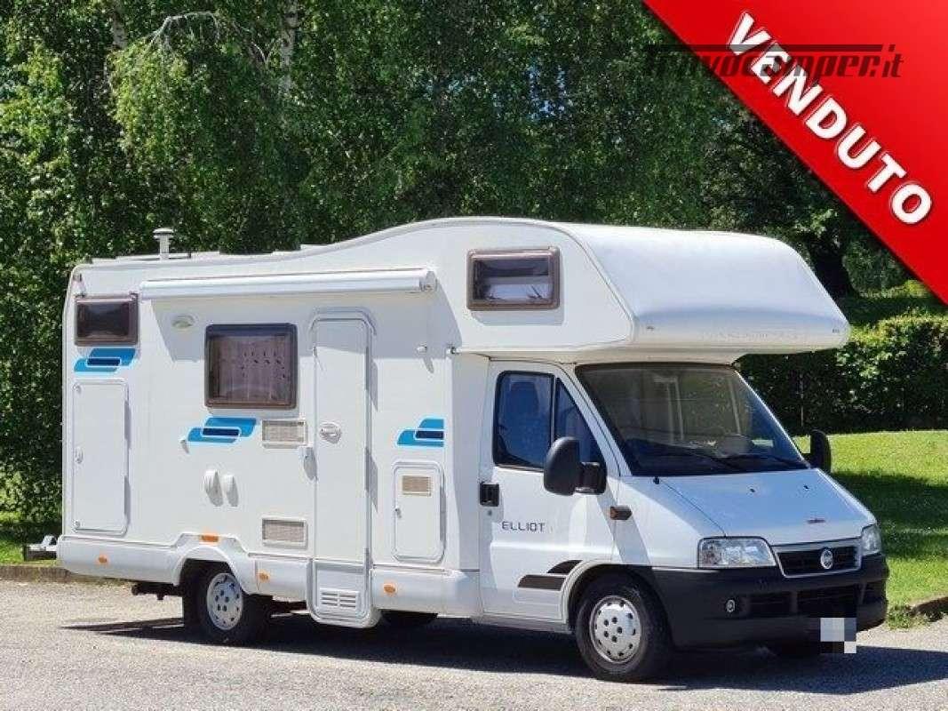 Camper puro CI INTERNATIONAL  ELLIOT 5 usato  in vendita a Novara - Immagine 1