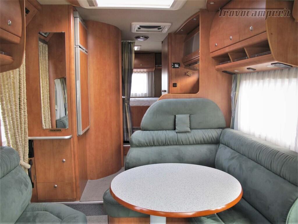 Carthago Chic I 47 - Motorhome letto matrimoniale, Patente C usato  in vendita a Torino - Immagine 2