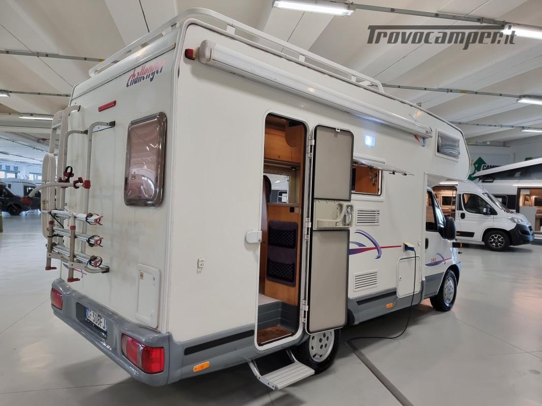 MANSARDATO CHALLENGER 151 COMPATTO 6 POSTI CON LETTINI A CASTELLO usato  in vendita a Milano - Immagine 3