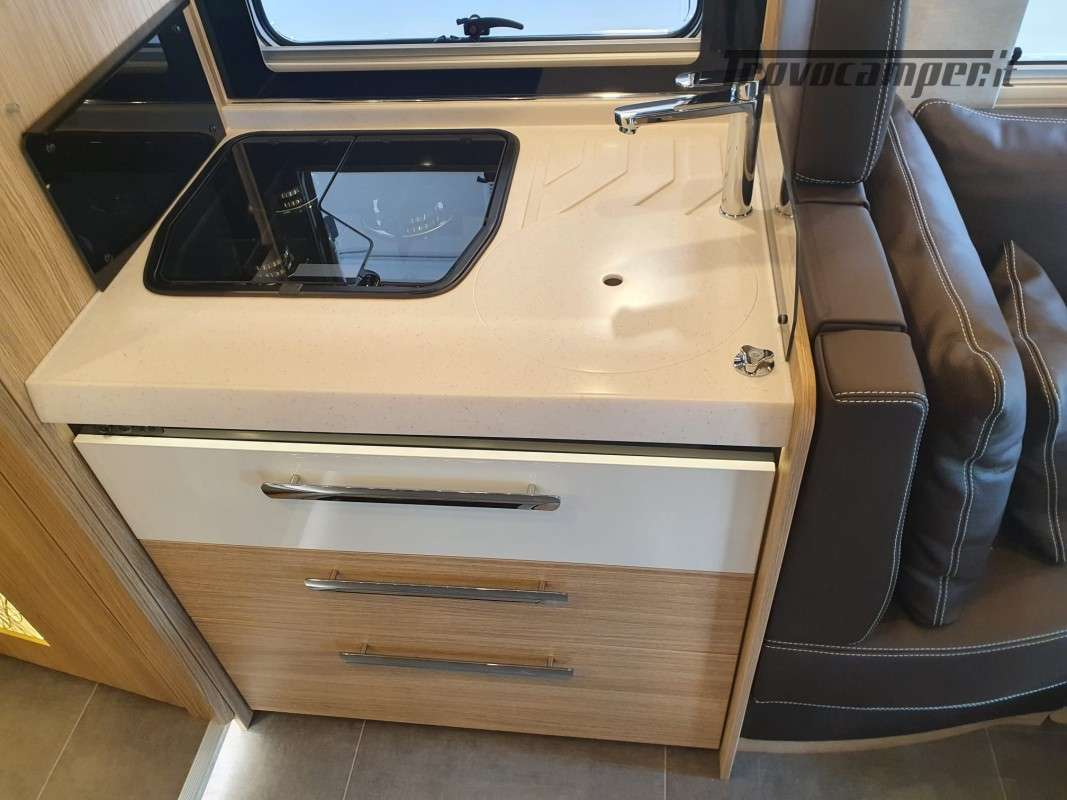 Motorhome Niesmann Bischoff Arto 88 LF nuovo  in vendita a Bolzano - Immagine 16