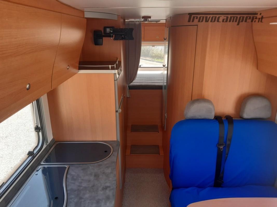 Knaus Suntraveller 708DG camper mansardato con ampio garage in coda usato  in vendita a Como - Immagine 8