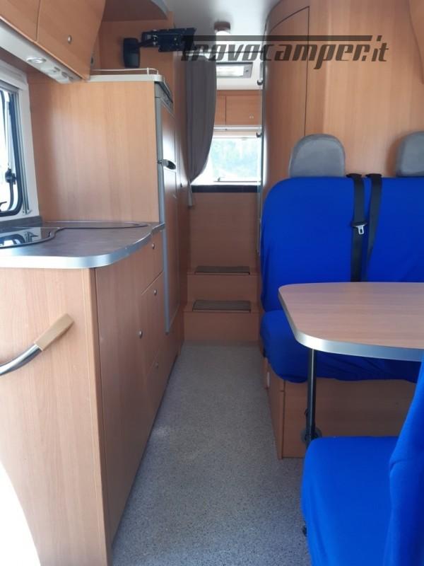 Knaus Suntraveller 708DG camper mansardato con ampio garage in coda usato  in vendita a Como - Immagine 9