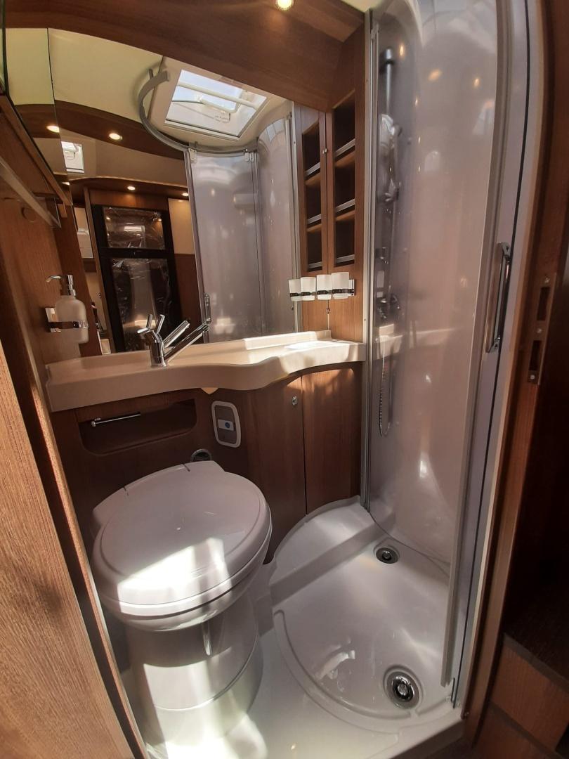 Nuovo | Carthago TOURER T 145 DB H nuovo  in vendita a Macerata - Immagine 19