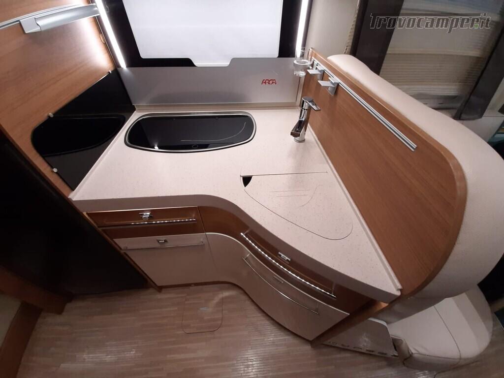 USATO - MOTORHOME ARCA H699 GLG usato  in vendita a Macerata - Immagine 5