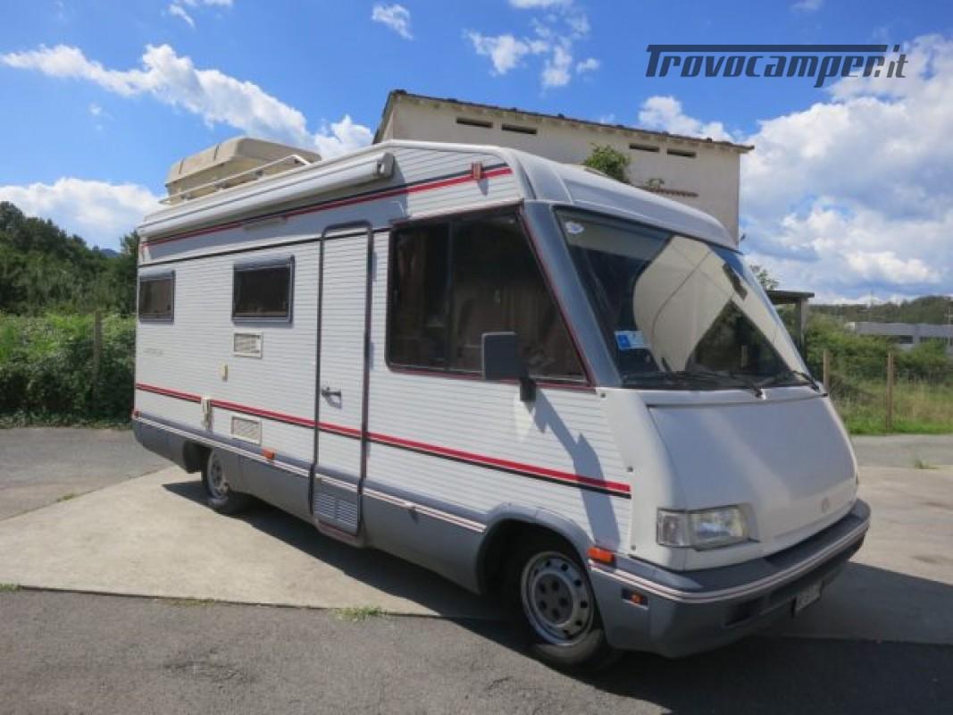 Motorhome ARCA America 610 Mansardato 6 posti lett usato  in vendita a Massa-Carrara - Immagine 1