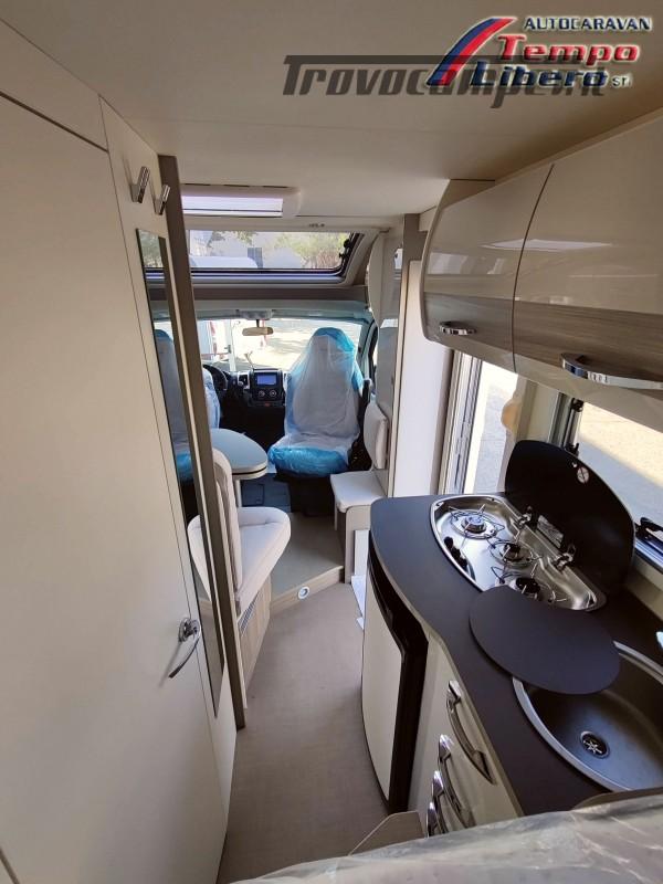 BURSTNER SEMINTEGRALE COMPATTO TRAVEL VAN T590 G CON GARAGE nuovo  in vendita a Modena - Immagine 8